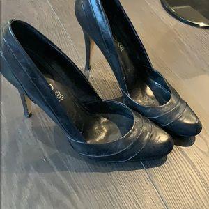 Aldo size 10 black leather pumps for sale